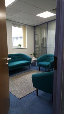 Oak Meeting Room photo